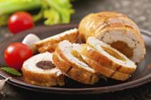 Filet z kurczaka z morelami: mięso i owoce - sprawdzony zestaw