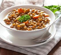 Jesienna gęsta zupa-krem z makaronem i pesto [PRZEPIS]