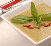 Zupa ze szparagów, papryki i migdałów: przepis