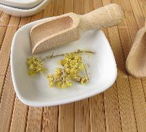 Kocanka piaskowa - jak wykorzystać ją dla zdrowia?