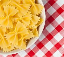 Makaron i parówki: przepis na tanie i smaczne danie z prostych składników