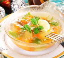 Ryba w galarecie na ostro: z konserwowymi warzywami