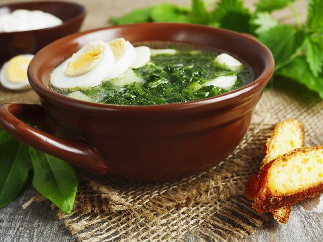 Zupa szczawiowa -przepis Ewy Wachowicz - spróbuj jej z nami