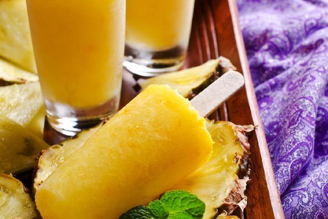 Sorbet ananasowy - przepis na letni deser