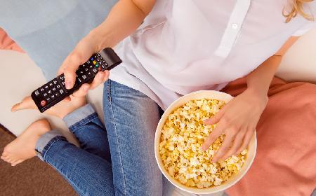 TOP 20 przekąsek dla kinomaniaków: co jeść, gdy oglądamy film