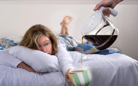 Jak leczyć zatrucie alkoholem: domowe sposoby na kaca