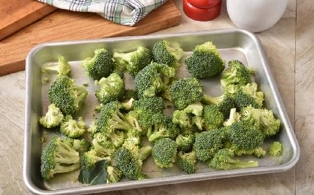 Doskonałe brokuły pieczone w piekarniku: łatwe, tanie, pyszne