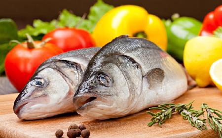 Jak rozpoznać świeżą rybę?