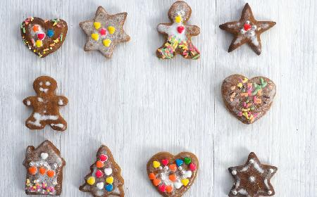 Kruche pierniczki miodowo-korzenne na Boże Narodzenie [PRZEPIS]