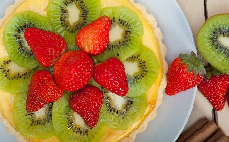 Tarta z truskawkami i kiwi - sprawdzony przepis