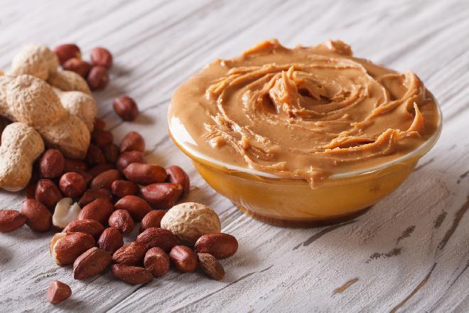 Masło orzechowe z orzechów laskowych lub ziemnych: przepis